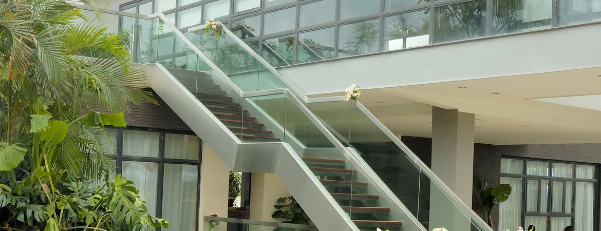 Safety Glass and Glass Railings